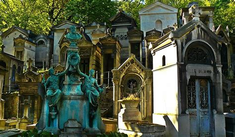 Pere Lachaise Cemetery: A Complete Guide For Visitors