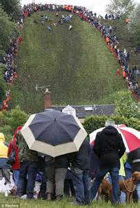 Gloucester cheese-rolling event on Cooper's Hill cancelled